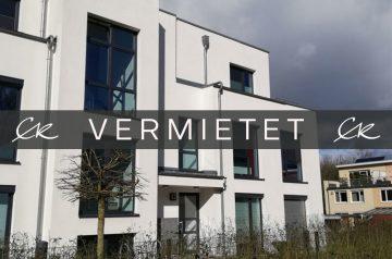 Traumhafte 3- Zimmer Wohnung im Grünen mit großer Terrasse und kleinem Garten, 28357 Bremen, Erdgeschosswohnung